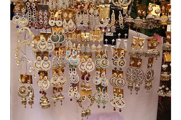 Where To Get The Best Imitation Jewellery In Mumbai