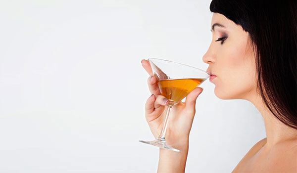 How Alcohol Effects Your Skin