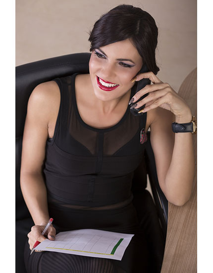 Redefining The Rules Of Office Makeup By Busting One Myth At A Time | BeBEAUTIFUL